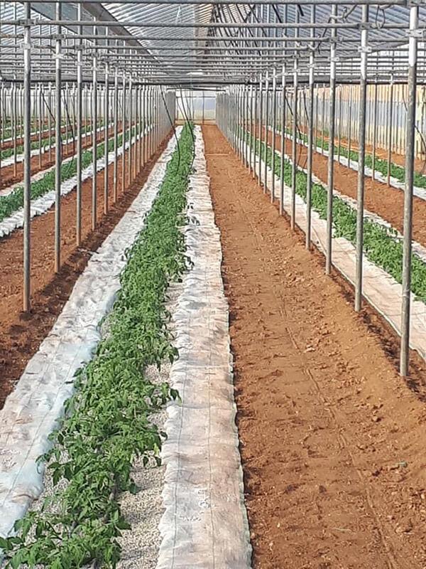 Αγροτικές εφαρμογές με ελαφρόπτρα - Εδαφοβελτιωτικό