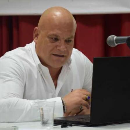 Θέμης Καβαλιέρος